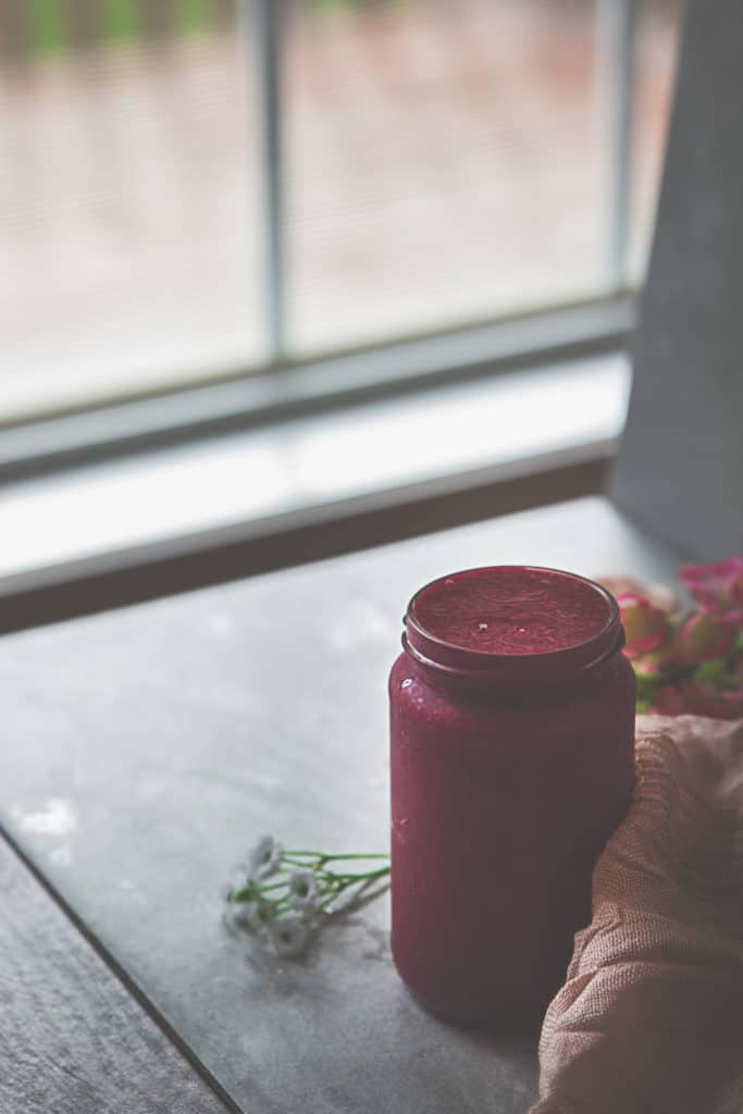 Strawberry Beet Ginger Smoothie